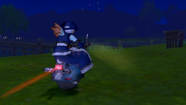 バイクで去るエックス