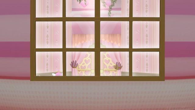 窓に犯人の手形